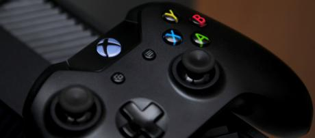 Xbox One Wireless Controller. - [Image via https://www.pexels.com/]