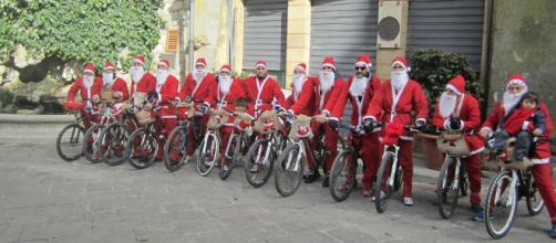 A Gangi Babbo Natale arriva in bici. LE FOTO - Madonie Press - madoniepress.it