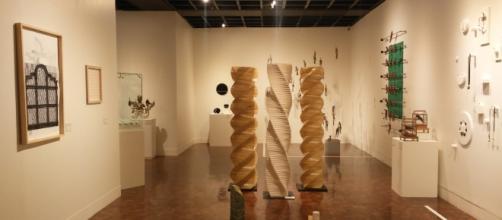 La Bienal Artesano entre Artistas 5.0 ocupa las galerías del primer piso del MAP.