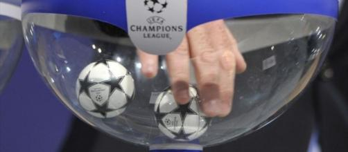 Sorteggio degli ottavi di Champions in diretta tv, dove vederlo e quali avversarie per Roma e Juve
