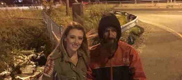 Kate McClure și Johnny Bobbitt Jr., doi oameni care au dovedit că generozitatea aduce la rândul ei generozitate - Foto: www.gofundme.com