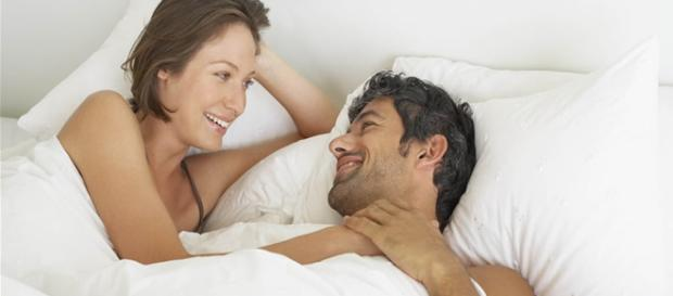 Prestar atenção no seu par também pode influenciar positivamente na hora do amor