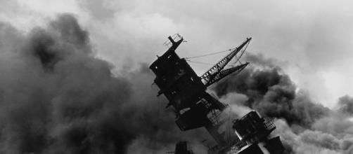 23 sets of brothers died on the USS Arizona when Pearl Harbor was bombed. - [Image via WikiImages Pixabay]
