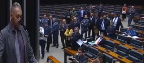 Momento em que 'Tiririca' faz seu último discurso (segundo ele) na câmara I Foto/Divulgação.