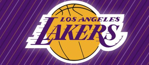 Lakers win 107-104 (Image via Michael Tipton/Flickr)