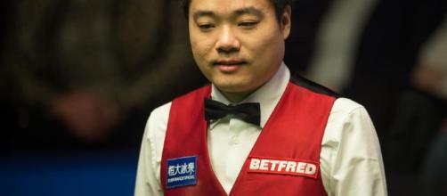 No.4 Ding Junhui • Snookercentral - snookercentral.com