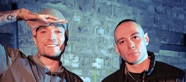 Guè Pequeno e Fabri Fibra nella top ten degli artisti maschili più ascoltati.