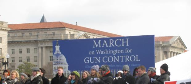 Gun Control activists alarmed at law allowing concealed weapons across state lines - wikimedia commons