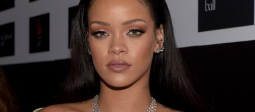 Rihanna sempre muito enigmática | Foto: Reprodução