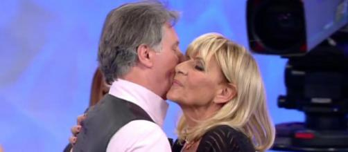 Gemma e Giorgio si baciano dopo il ballo
