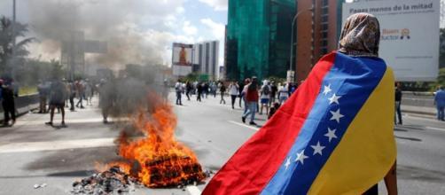"""Recuerdos de Venezuela y Dominicana para """"mantener viva la memoria ... - idominicanas.com"""