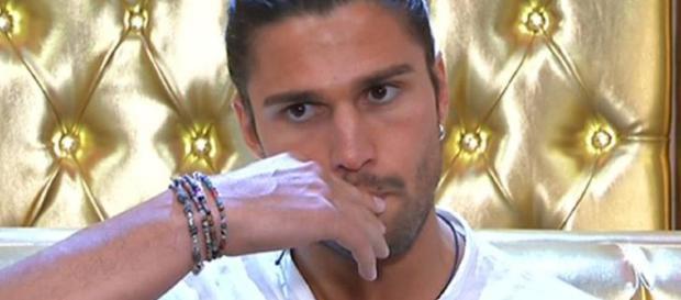 GF Vip 2: Luca Onestini umilia Cecilia