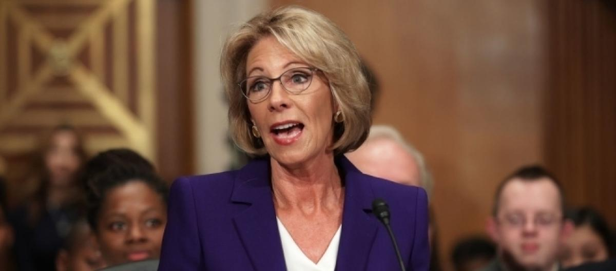 Why I Wont Vote For Betsy Devos >> Top Republicans Turn On Trump Won T Vote For Betsy Devos As