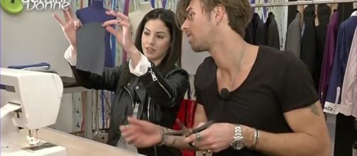Andrea e Giulia disegneranno una nuova linea di costumi da bagno.