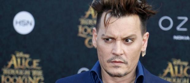 Johnny Depp métamorphosé, son nouveau look affole la Toile ! | Non ... - non-stop-people.com