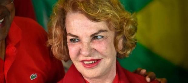 Morre Marisa Letícia ex-primeira-dama do Brasil.