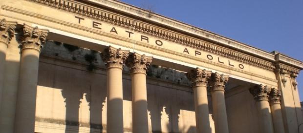 Teatro Apollo: rinvenuti sarcofaghi, gioielli antichi e mura ... - tagpress.it