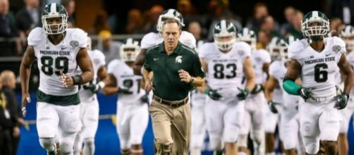 2015 football season outlook | MSUToday | Michigan State University - msu.edu