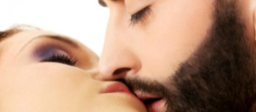 Precisamos fechar os olhos no momento de um beijo para nos concentrarmos melhor