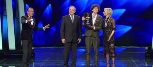 Sanremo 2017 - video online Terza Serata