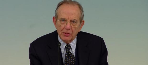 Carlo Padoan, ministro dell'Economia e delle finanze