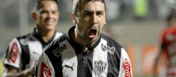 Pratto se despede do Atlético MG. http://blast.blastingnews.com/news/edit/
