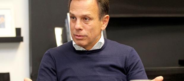 Prefeito de São Paulo, João Doria, se aborreceu com dois funcionários da Prefeitura