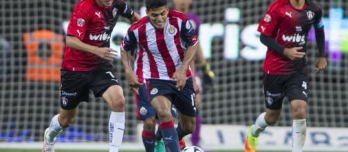 Atlas y su rival Chivas, buscarán el triunfo en el clásico.