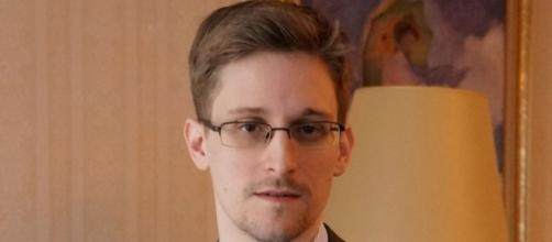 How Edward Snowden hid among refugees in Hong Kong to evade ... - ibtimes.co.uk