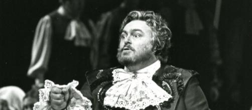 Italian tenor Luciano Pavarotti, the Met's first-ever Idomeneo (1982). Photo: Metropolitan Opera Archives, used with permission.