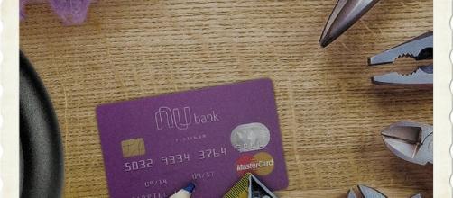 Tire suas dúvidas sobre os cartões Nubank e Digio