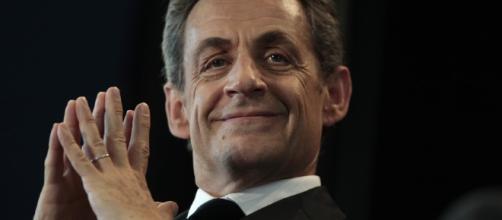 «Je vous emm... tous, je suis candidat ! »