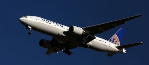 Passenger tells of '1,000ft drops' after severe turbulence hits ... - irishnews.com
