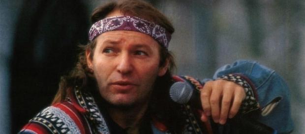 Vasco Rossi negli anni '80, una star dopo essere stato 'bocciato' sul palco di Sanremo