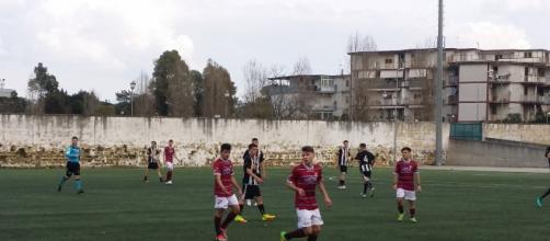 """Momento di gara tra il Casalnuovo Calcio e il Nola. Stadio """"D.Iorio"""" di Casalnuovo di Napoli"""