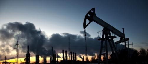 Perché il prezzo del petrolio è diventato un'arma di guerra al ... - onlinesim.it
