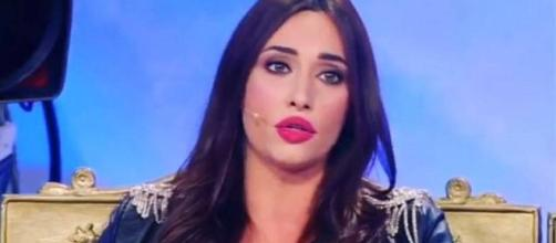 Sonia Lorenzini, è arrivata l'ora della verità: la tronista trema
