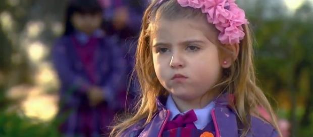"""Lorena Queiroz, a protagonista de """"Carinha de Anjo"""", foi vítima de comentários pornográficos em seu Facebook"""