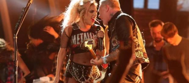 Grammy fail: Metallica e Lady Gaga durante apresentação no Grammy 2017