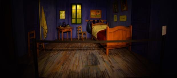 la Stanza di Van Gogh in 3D, all'entrata del museo.