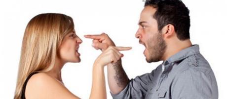 Discussões são comuns nos relacionamentos.