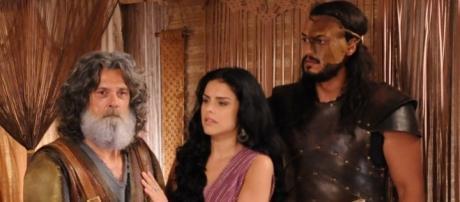 Quemuel, Samara e Tobias na novela 'A Terra Prometida' (Divulgação/Globo)