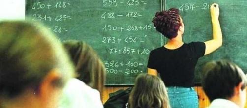 Allarme dei sindacati della scuola: con la riforma Madia i docenti precari rischiano il licenziamento.