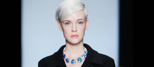 Cuidados com cabelos brancos: saiba como diminuir a porosidade dos ... - com.br