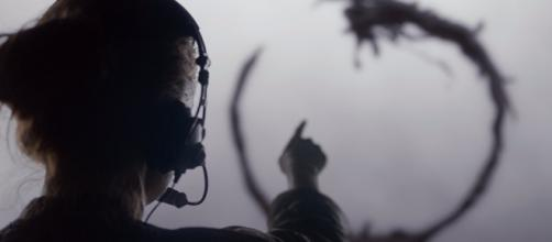 How the alien language in 'Arrival' works according to linguist ... - businessinsider.com