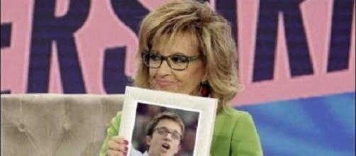 María Teresa Campos con la foto de Errejón.