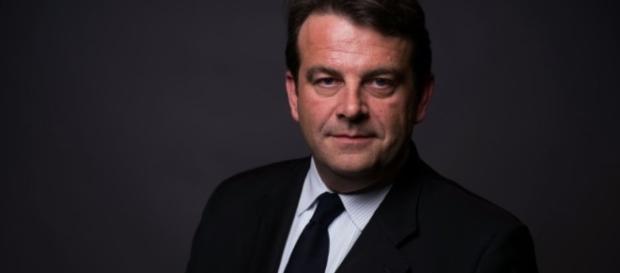 Le député LR Thierry Solère visé par une plainte de Bercy pour ... - liberation.fr