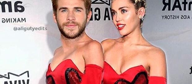 Miley Cyrus com seu noivo no Valentine's Day