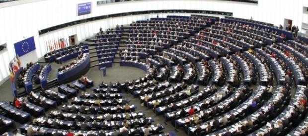 Wie viel verdienen eigentlich die EU-Beamten? - Die Euros - dieeuros.eu