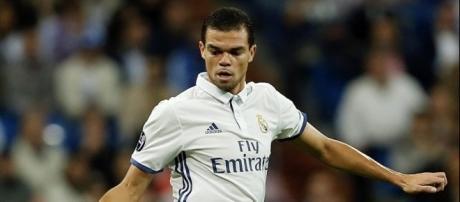 Real Madrid: Le remplaçant de Pepe déjà trouvé!